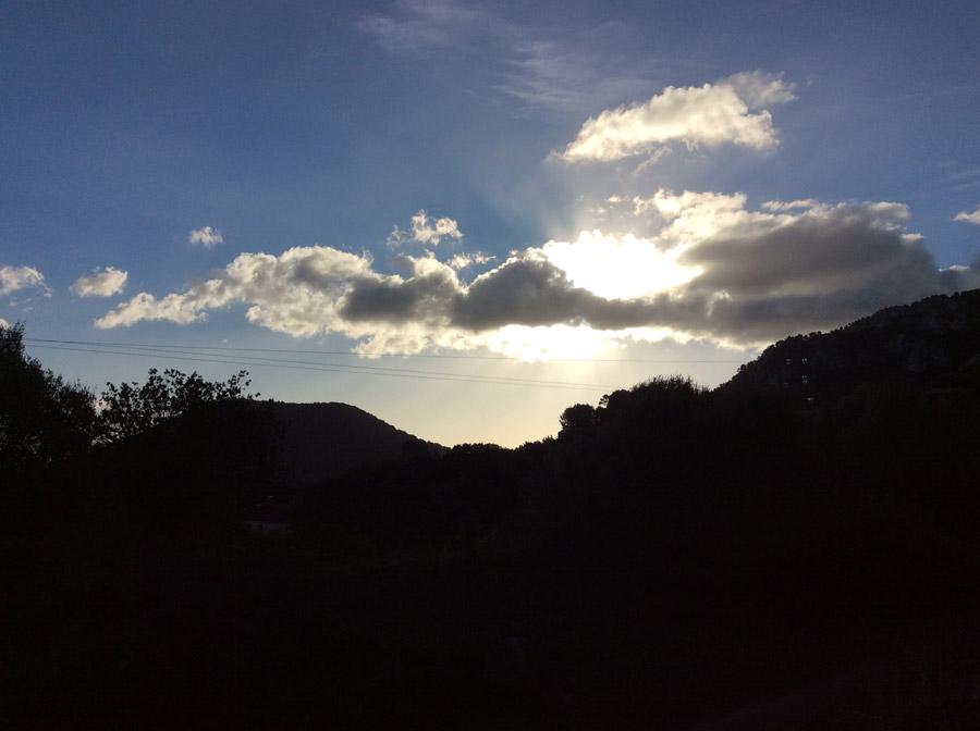 Der Morgen-Himmel auf Mallorca
